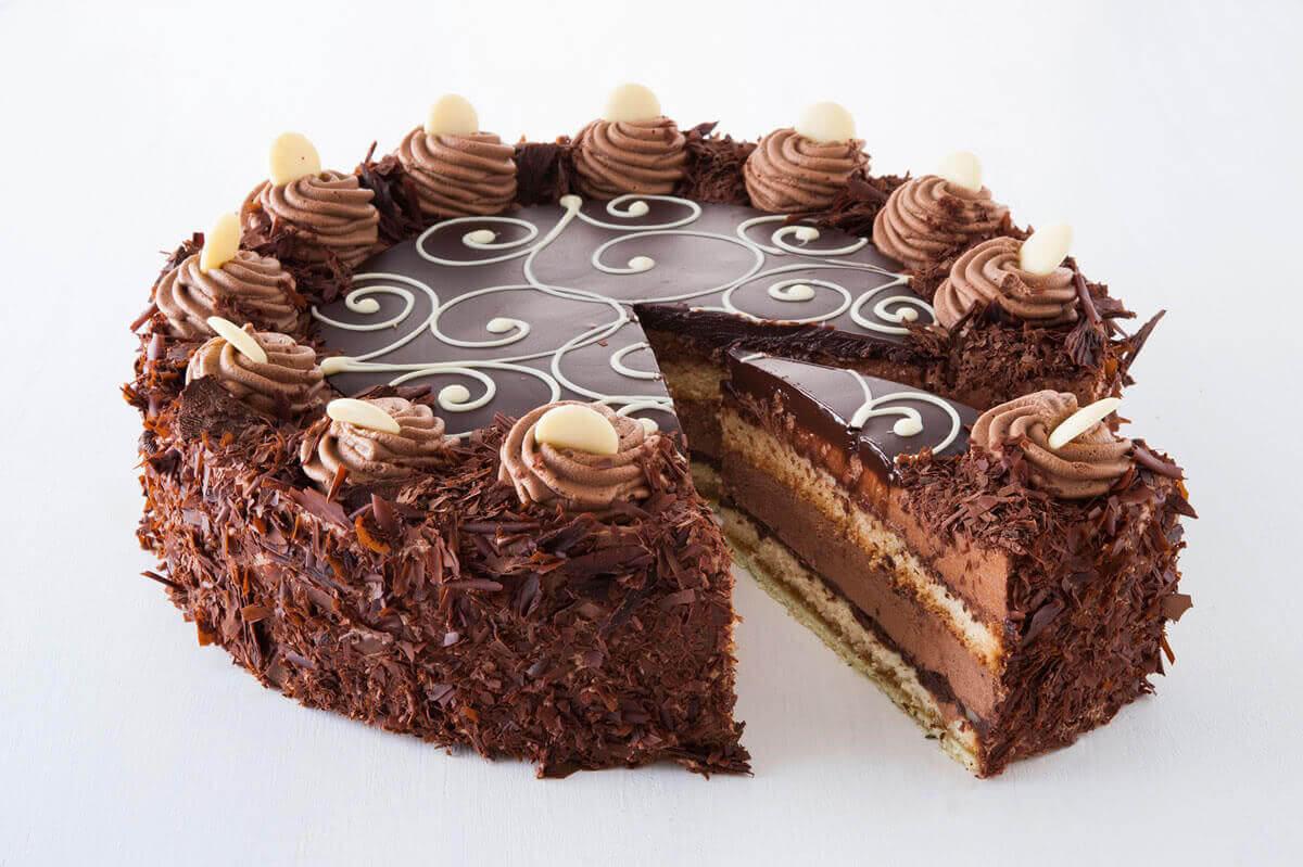 Schokosahne Torte Kuchen Macht Glücklich Online Kuchenservice Berlin