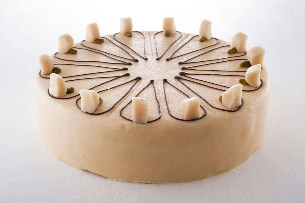 Butterkrem-Marzipan-Pistazien Torte